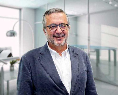 Dr. Javier Benítez